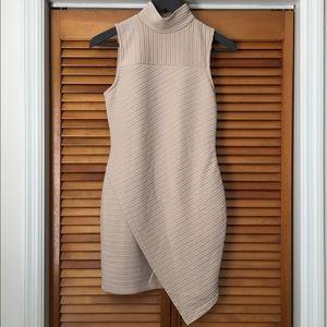 Missguided   Asymmetric Mock Neck Bodycon Dress